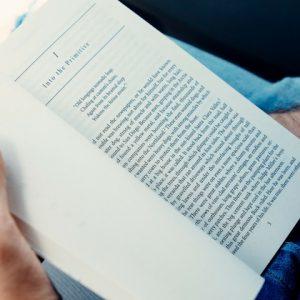 le-paragraphe-larme-fatale-pour-ecrire-un-roman-que-votre-lecteur-ne-lachera-pas-article